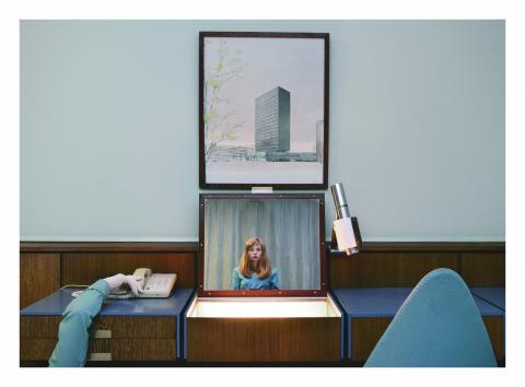 Foto: Anja Niemi, The Receptionist, 2013